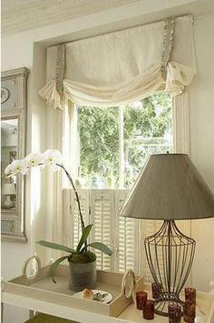 5 Things to Consider When Selecting Roman Shades