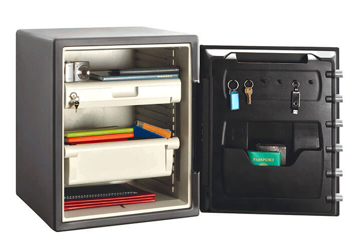 SentrySafe - STW205GYC - Digital fire & water proof Safe