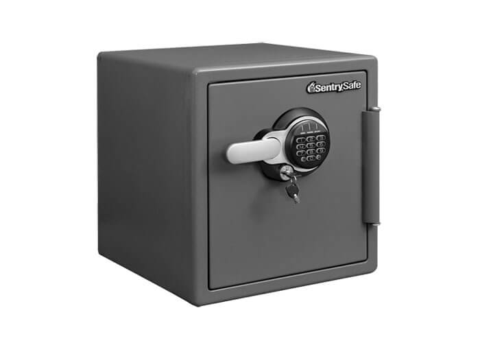 SentrySafe - STW123GDC - Digital fire & water proof Safe
