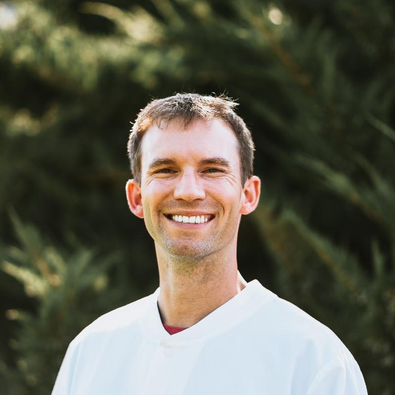 Headshot of Dr. Chris Kleist