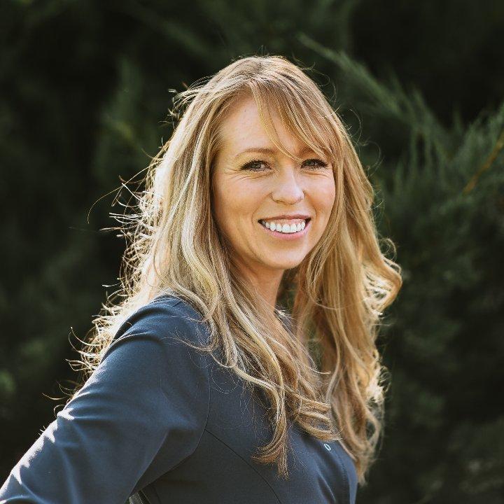 Headshot of Hygienist Heather Cullen
