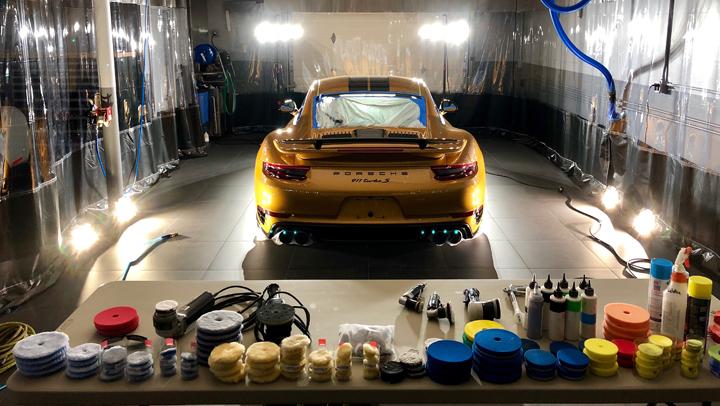 Ceramic coating on Porsche 911