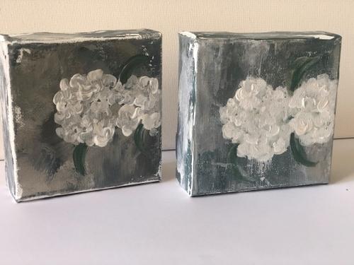 "White hydrangeas - 4x4x1.5"" (Pair)"