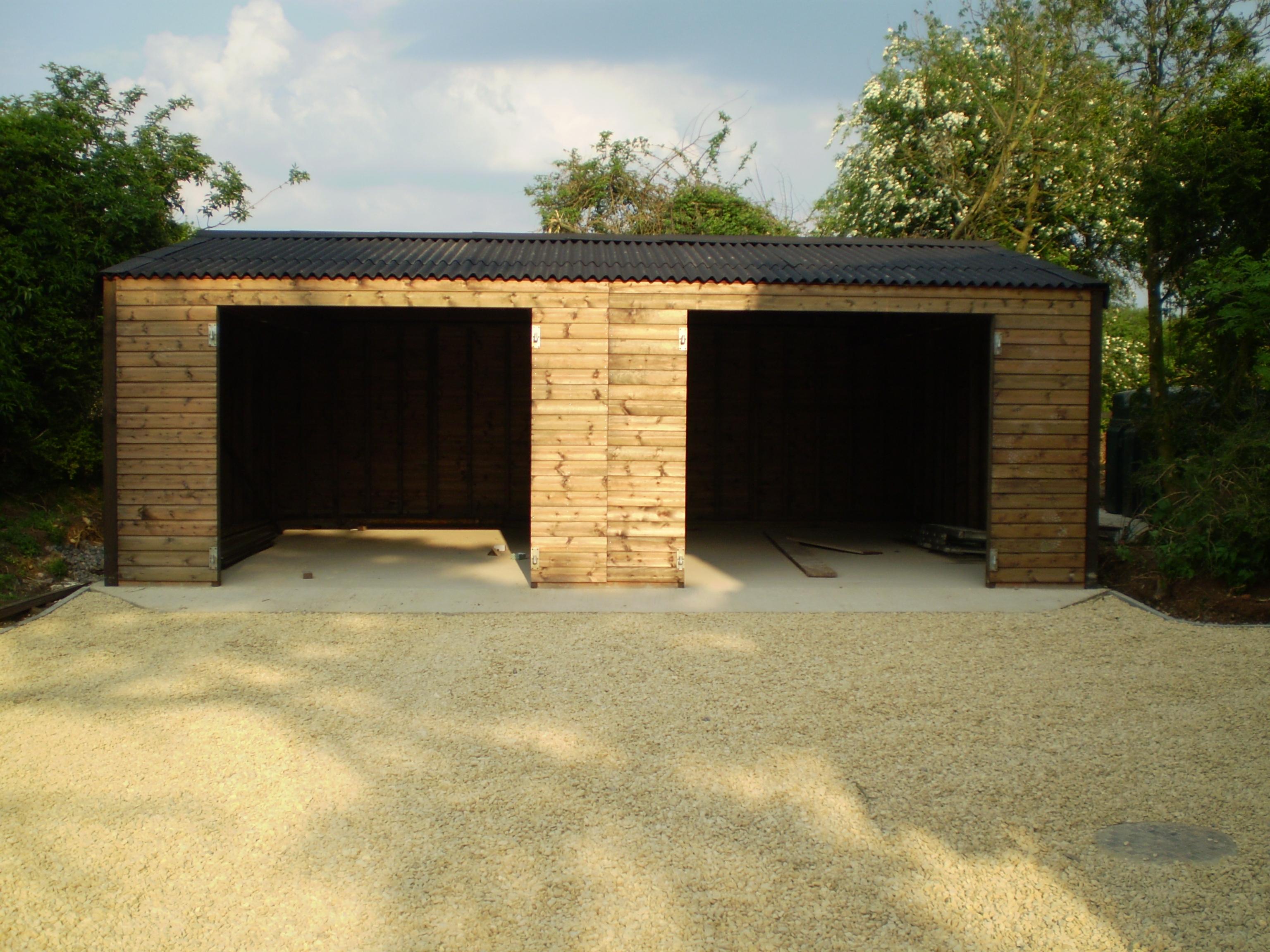 Garages & Workshops by Bulldog Sheds & Fencing