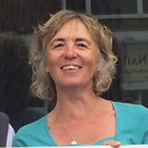 Lesley Powell-Cullingford