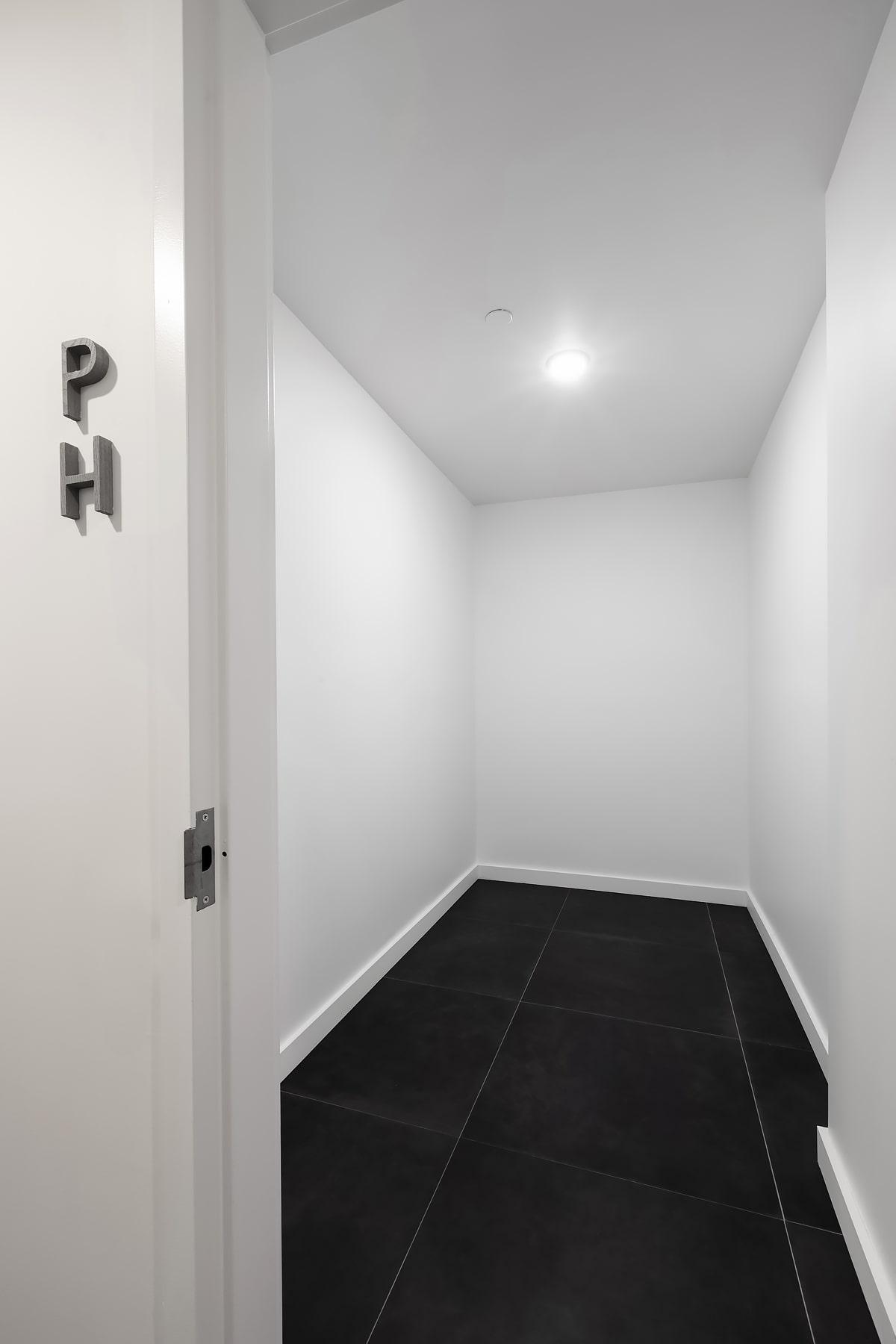 Penthouse storage