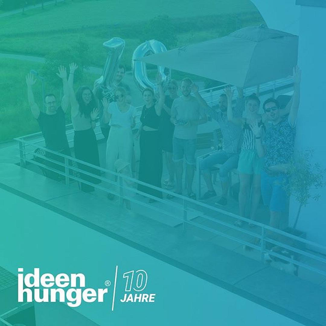 Das ideenhunger Team beim feiern des 10 jährigen Jubiläums von ideenhunger