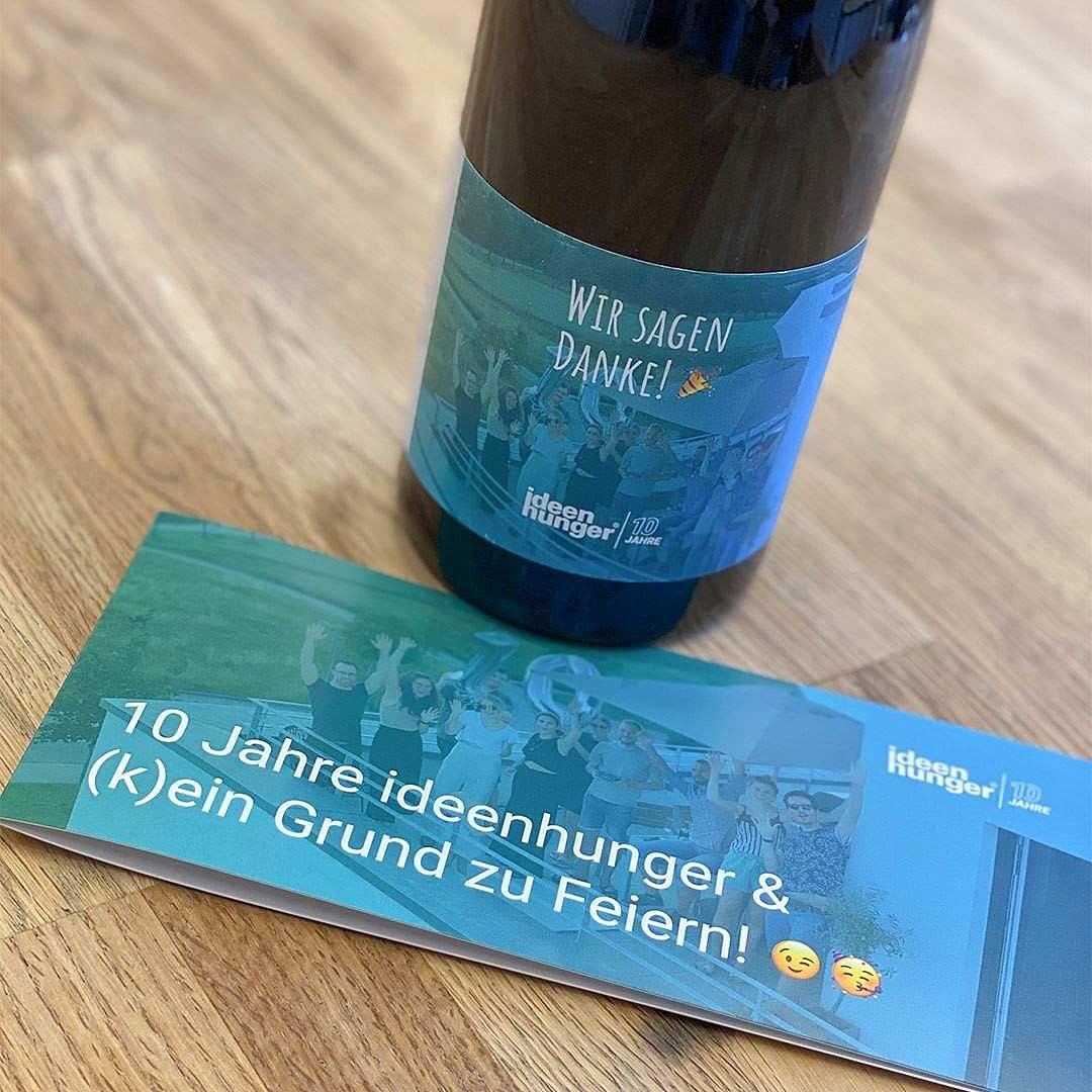 Einen Wein als Neujahrsgeschenk für unsere Kunden
