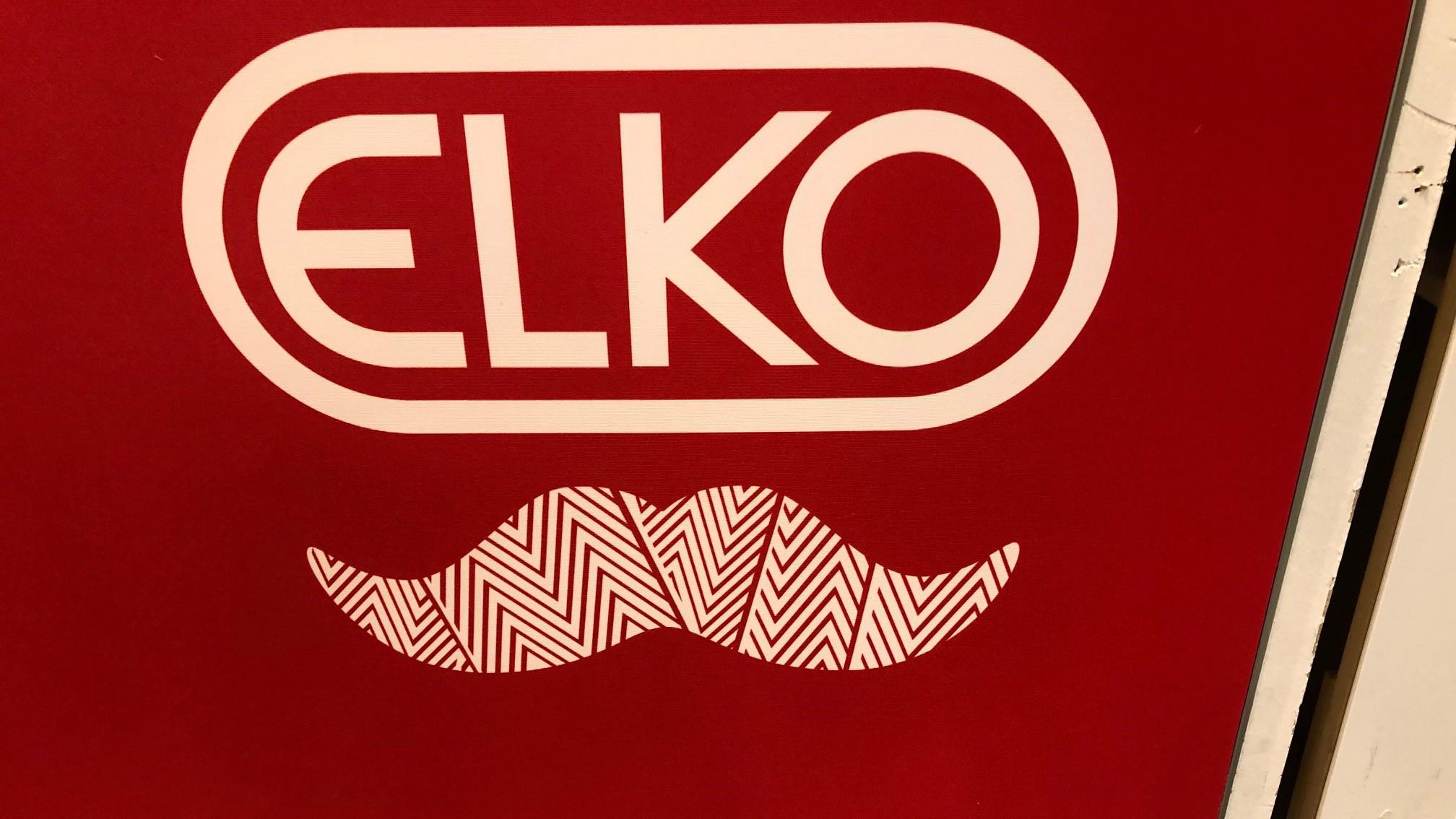 Elkos logga med mustasch