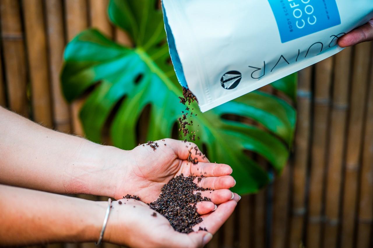 coffee-exfoliating-scrub