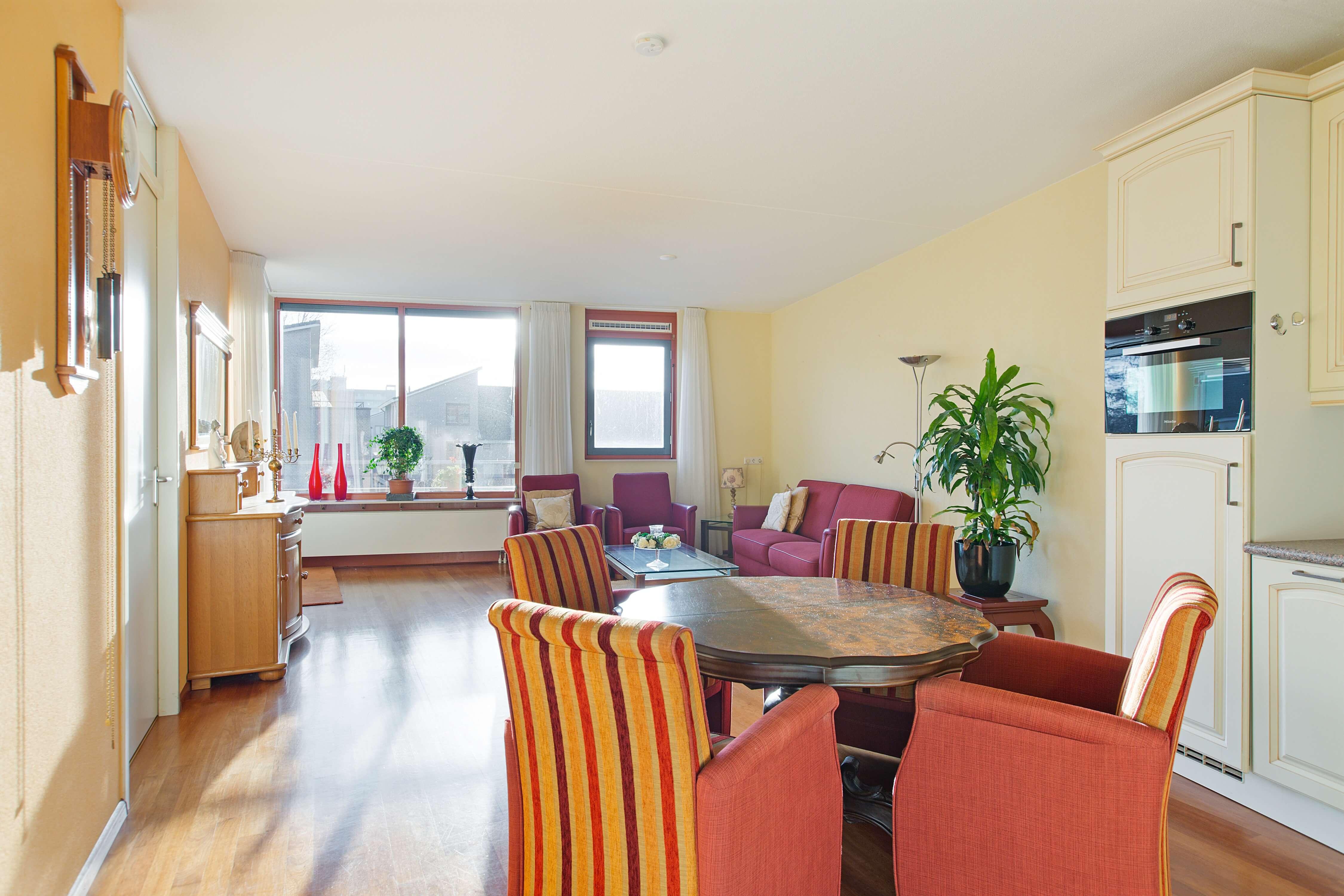 Te koop appartement Heemskerk Lessestraat Heemskerk woonkamer - Huisinzicht