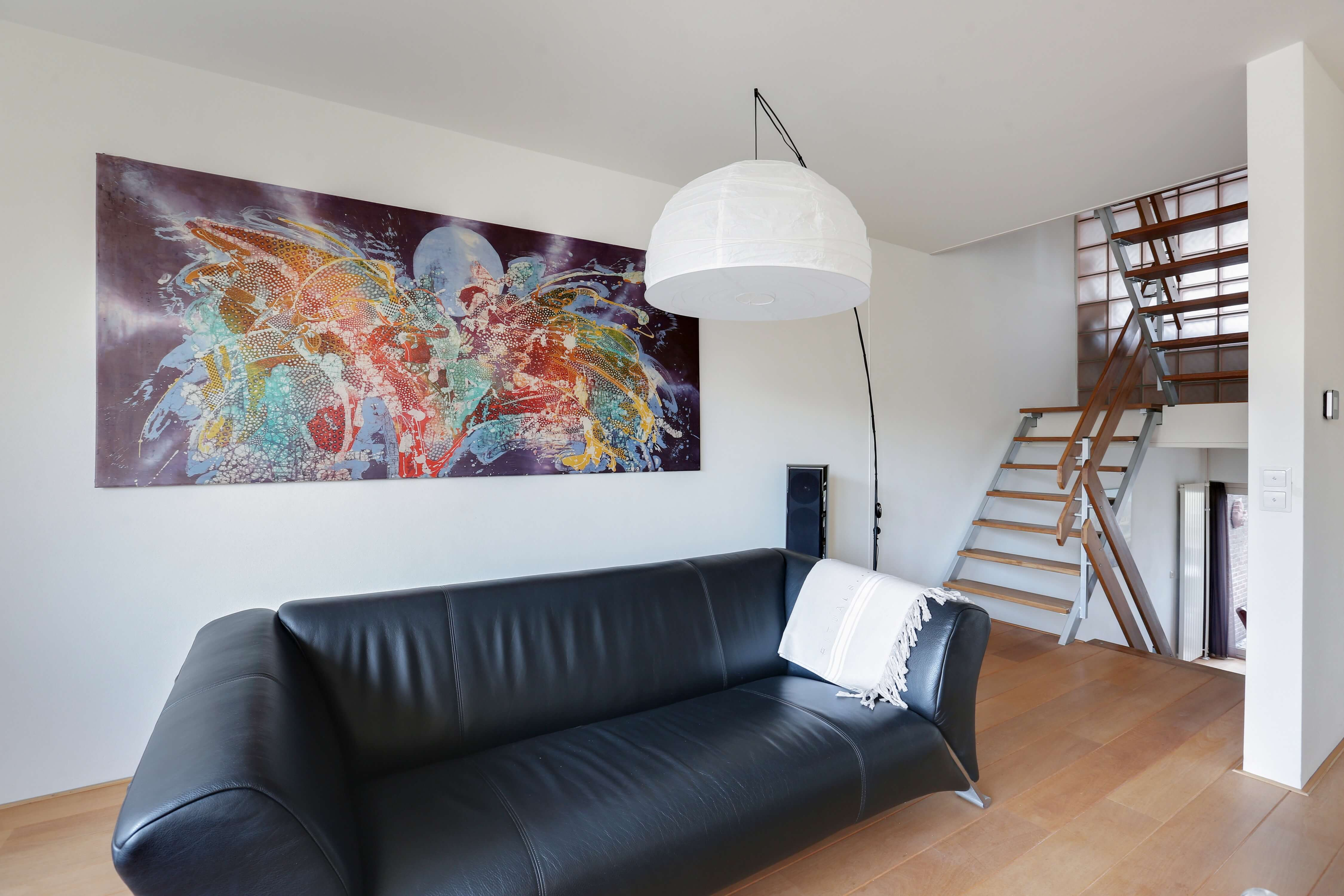 Te koop tussenwoning Shout 76 Hoorn woonkamer Huisinzicht