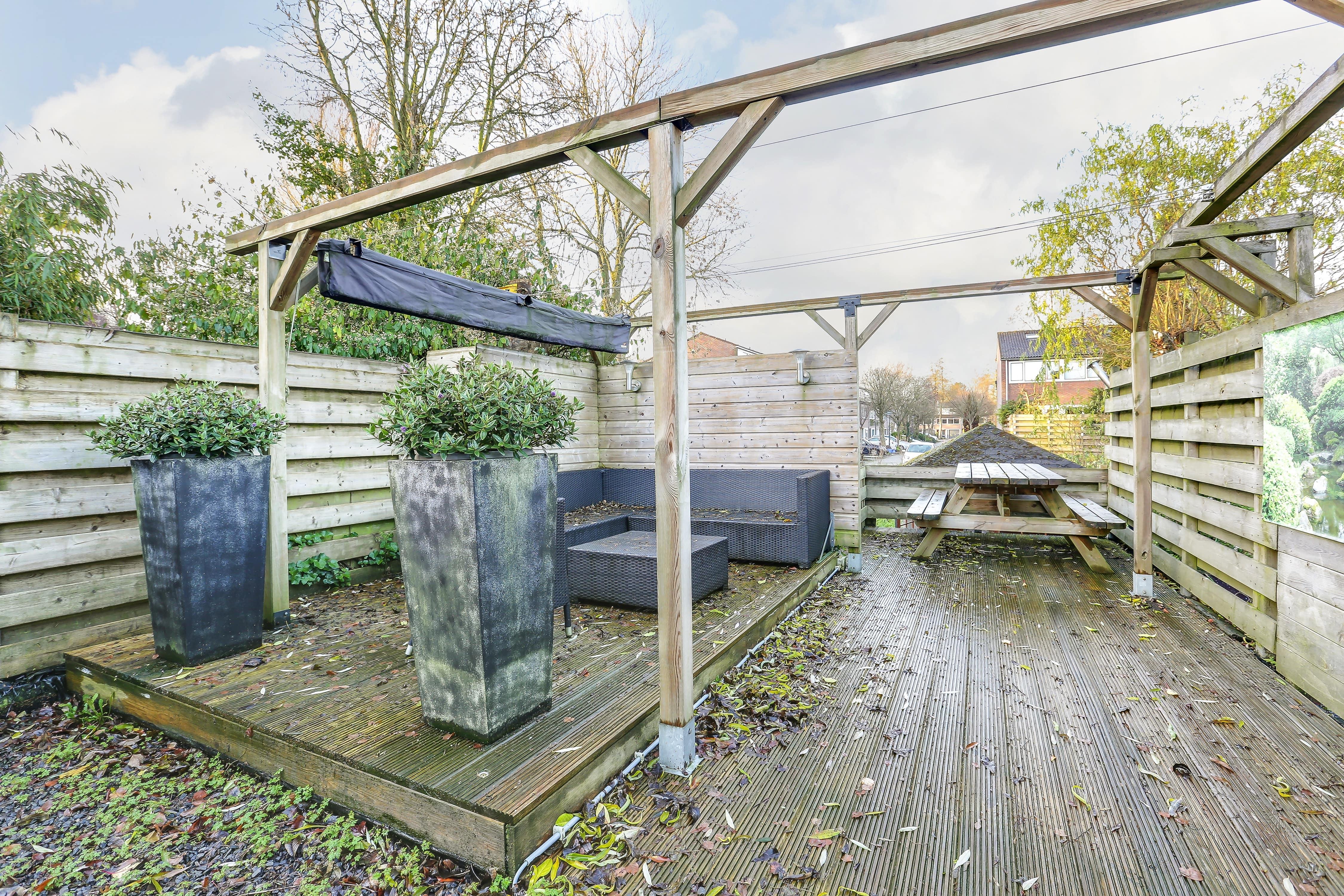 Te koop tussenwoning Shout 76 Hoorn tuin Huisinzicht