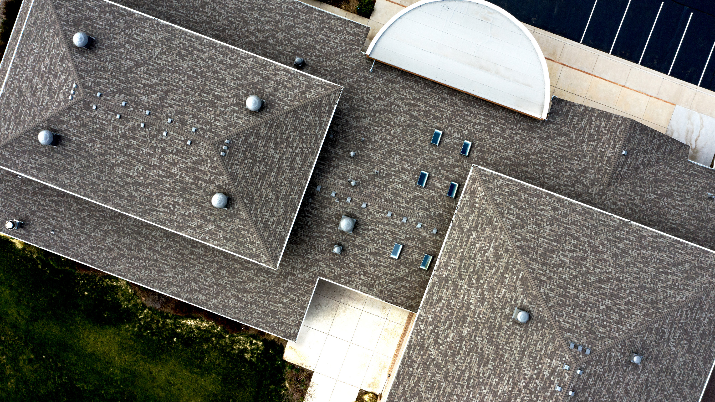 Sloped roofing, Shingle roofing.