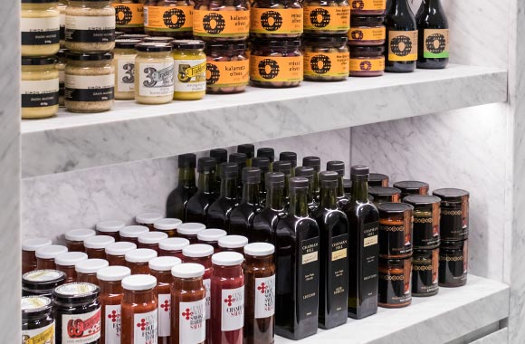 Sauces, vinegars and oils
