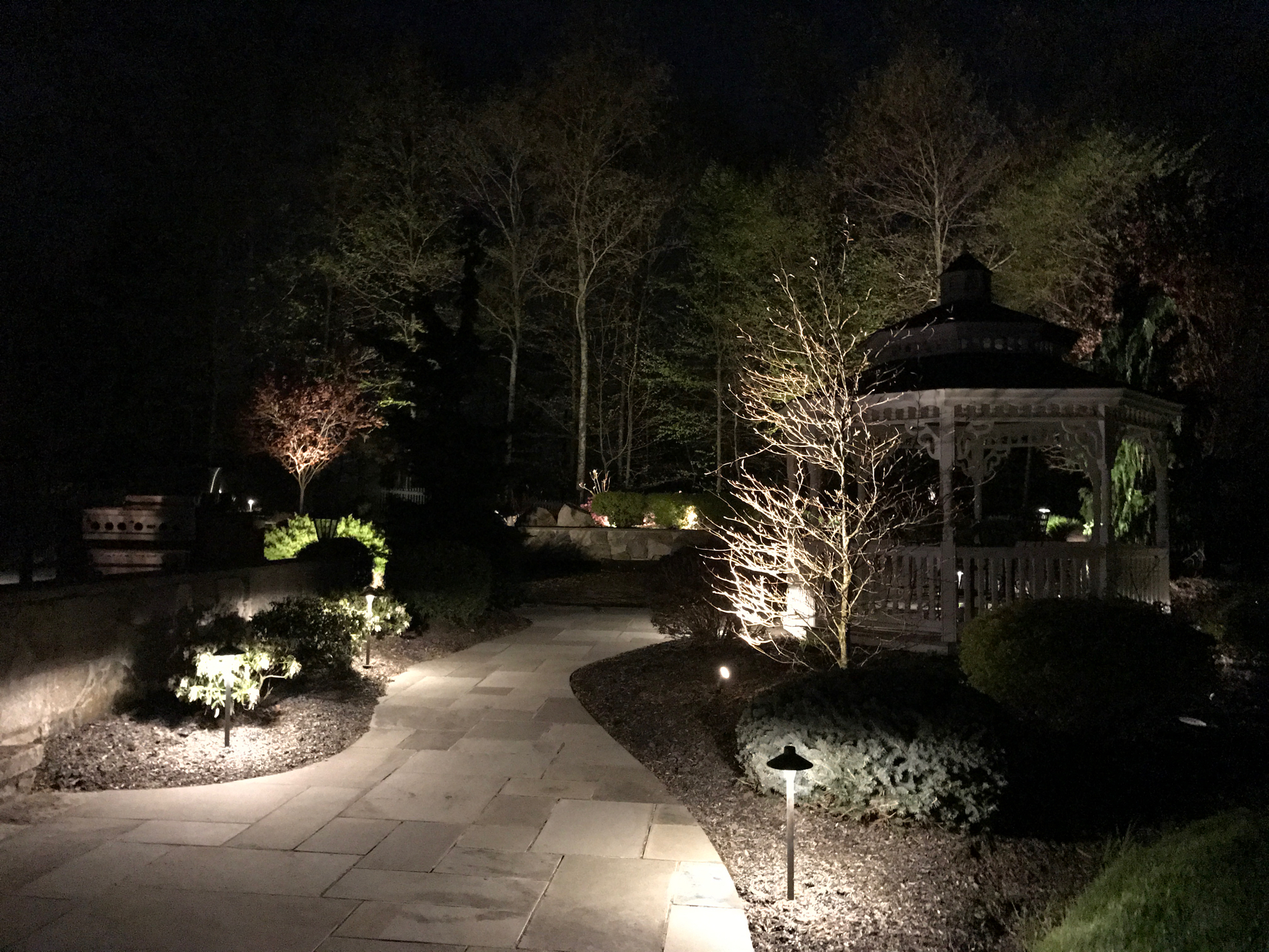North Salem Outdoor Lighting