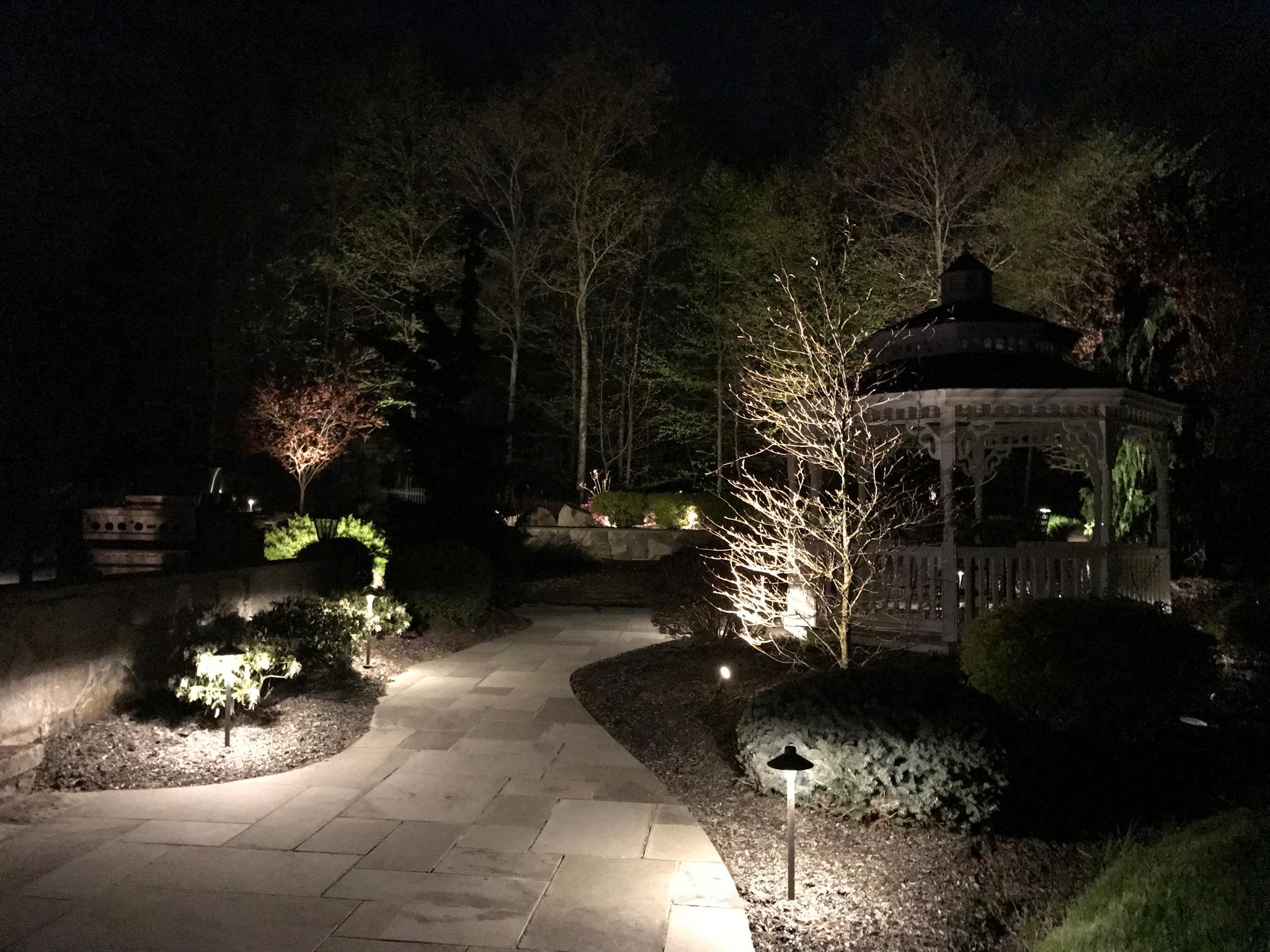 North Salem Outdoor Lighting