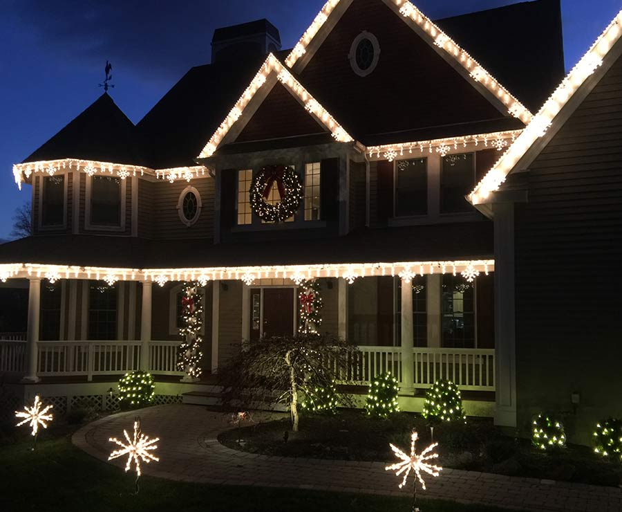 Home exterior Christmas lighting
