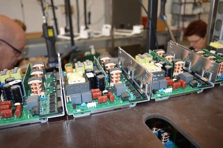 Zowel de lampen als de drivers en reflectoren zijn uitgerust met een QR-code