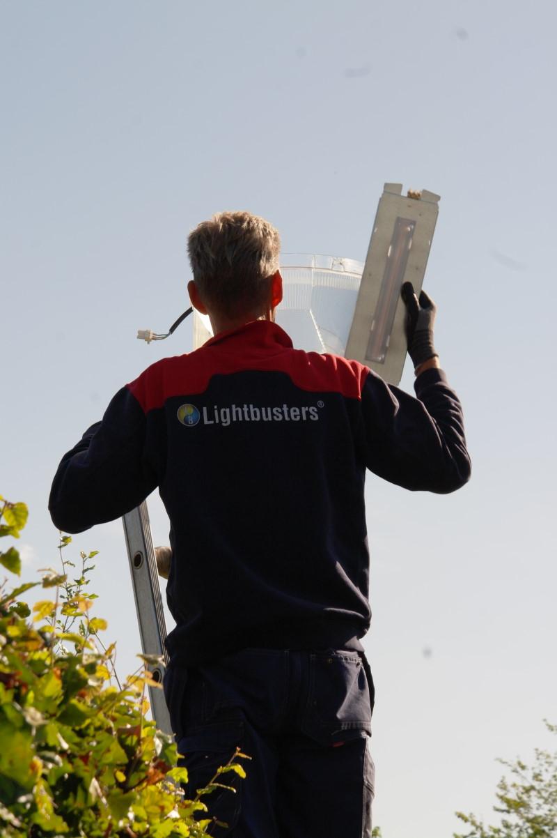Lightbusters Installeert 600 Industria Padvinder RetroLED modules in Apeldoorn