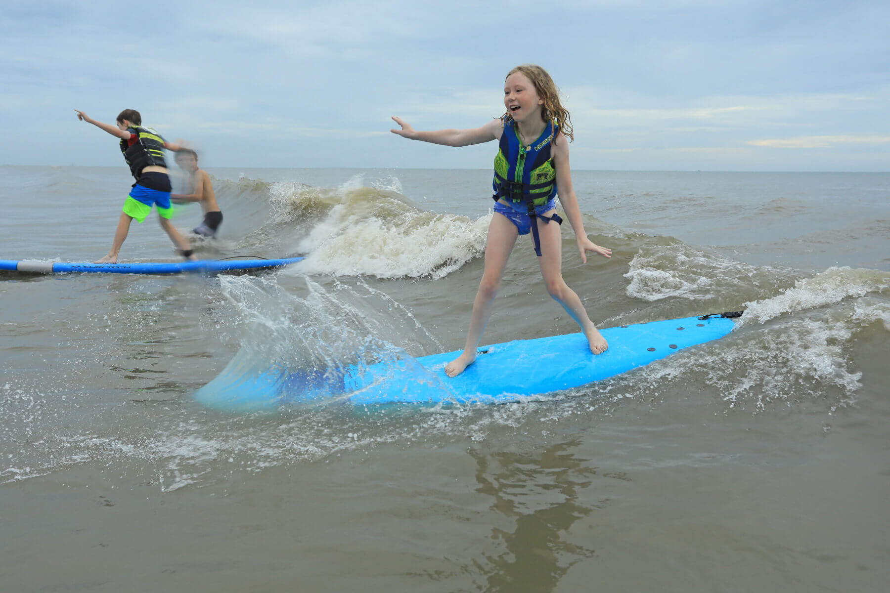2019 Surf Camp Girl Standing Up