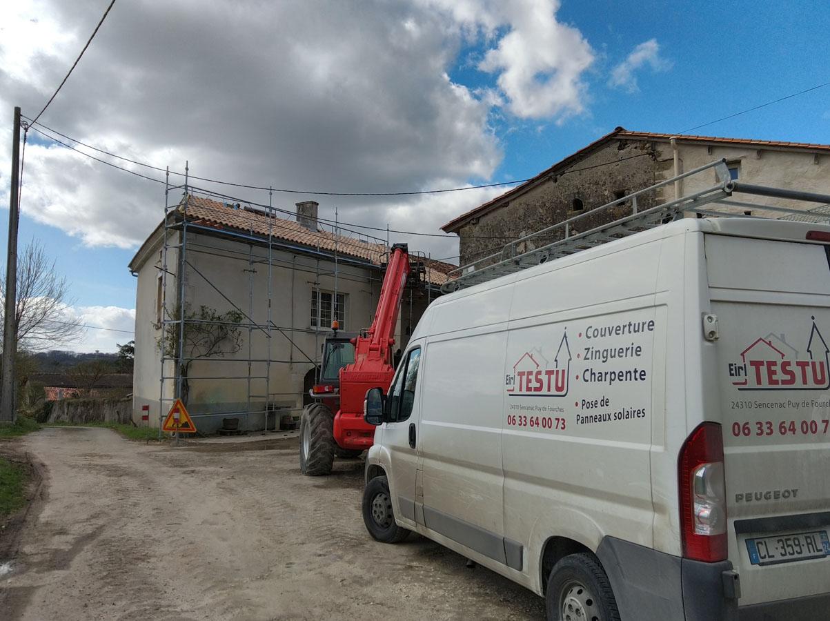 Rénovation de la toiture d'une maison ancienne