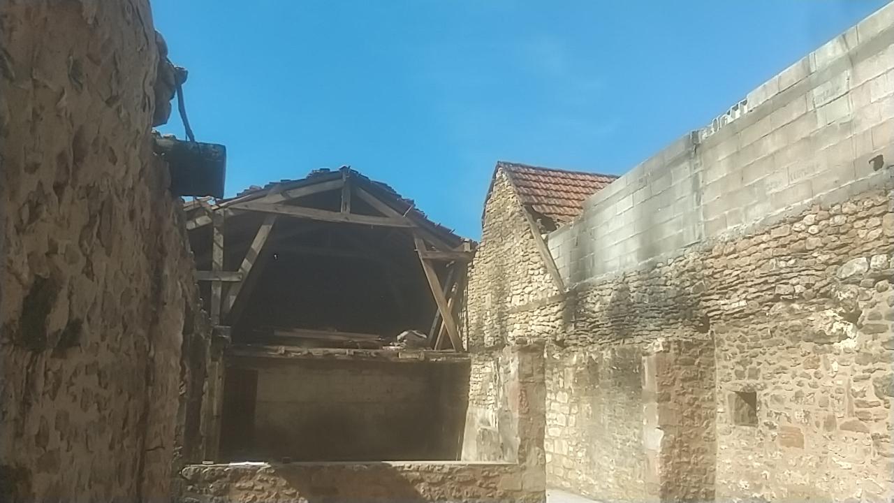 Rénovation complète Moulin d'Aubas - Maconnerie, charpente, couverture, plancher, bardage bois - 1/7