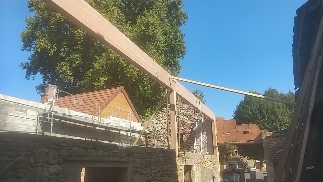 Rénovation complète Moulin d'Aubas - Maconnerie, charpente, couverture, plancher, bardage bois - 2/7