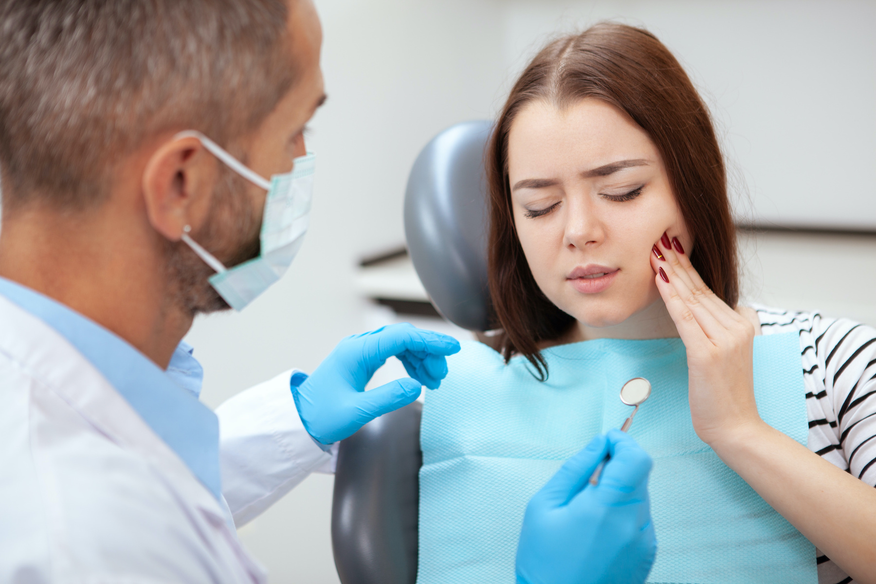 Is This Happening To You? You May Be Having A Dental Emergency