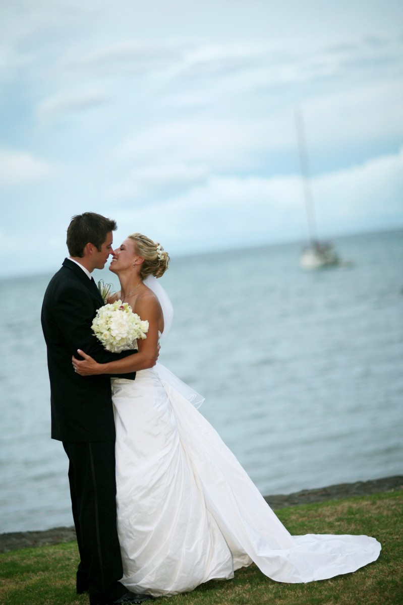 All of us at COJ Events are still in awe over US ladies soccer big win. It has us reminiscing over Aly and Adam's 2006 Hawaii wedding. Bride Aly Wagner is a two-time Olympic gold medalist and FOX Sports' lead game analyst for the Women's World Cup France 2019.