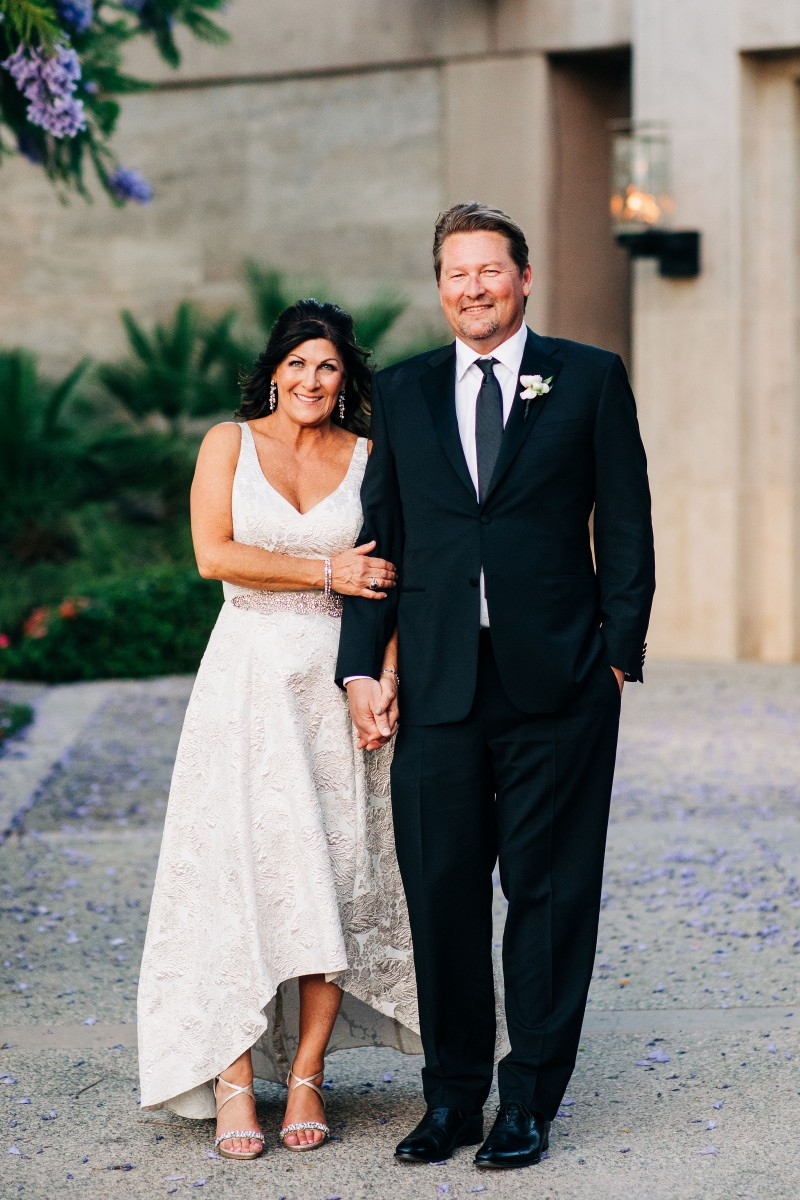 Christine and Brad's Vintage Club wedding is truly one to cherish. It's classic, timeless, and filled with oh-so-elegant details. Luxurious and lush florals were on the top of the brides dream wedding wish list. Love that Maggie Jensenwas able to bring the brides vision to life!