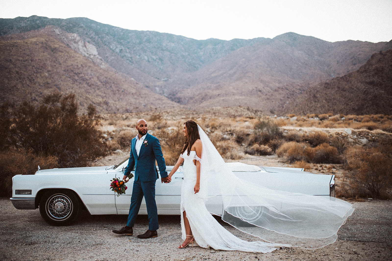 Beautiful mico-wedding with 12 family members gathered at the beautiful La Chureya Estate in Palm Springs, Ca managed by Natural Retreats.