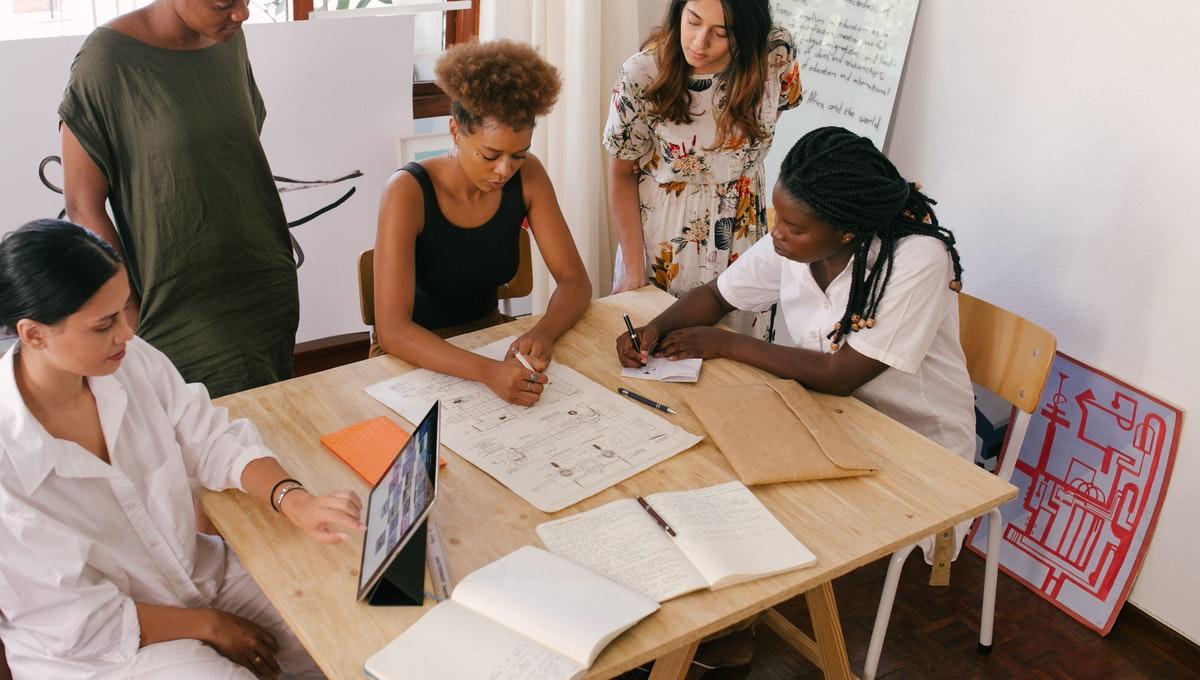 Qual a importância da logística empresarial para os negócios