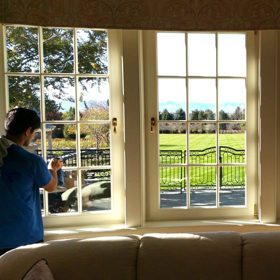 interior window cleaning in erie