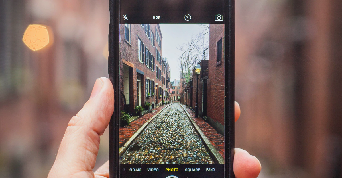 How Social Media And Personalized Messaging Are Disrupting Real Estate Norms