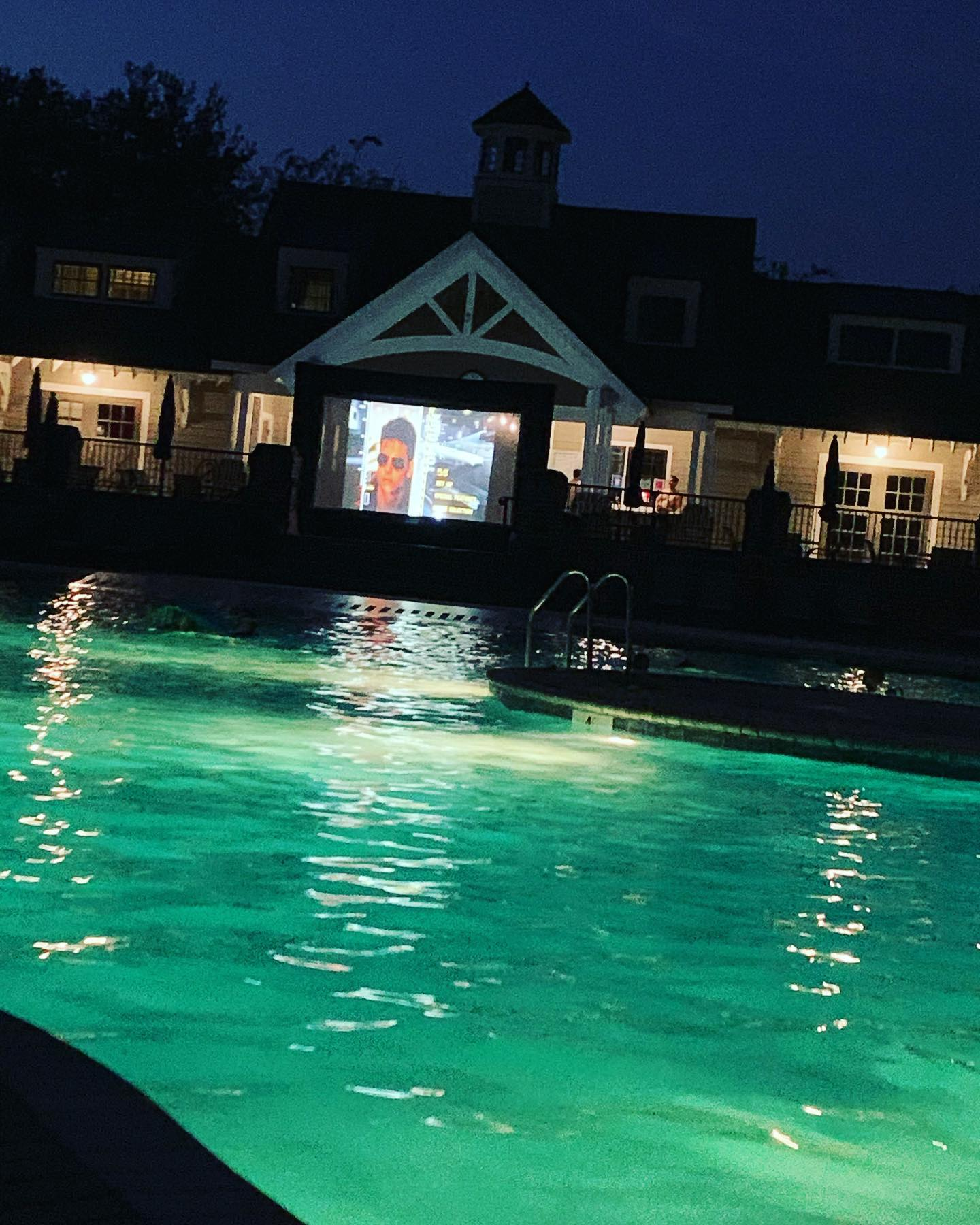 Family dive in Night at the Club!  Friends, Drinks & Top Gun.  Savannah Quarters is the place to be. Want to learn more about living in @sav