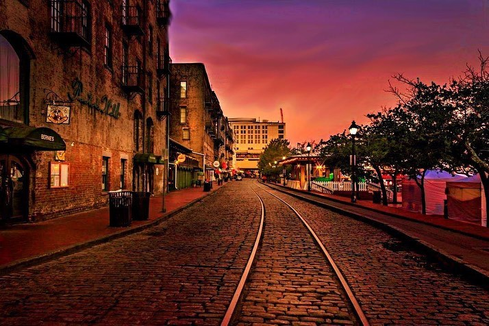 Have you ever walked on River Street and just about wipe out on those beautiful cobble stone?  The stones came from all over the world. Ship