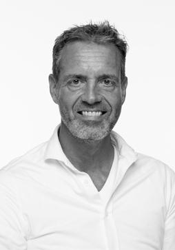 Christ Van Den Akker