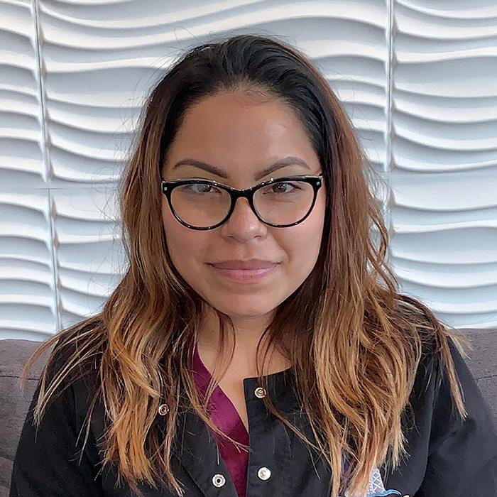 Headshot of Dental Assistant Yesenia Viveros