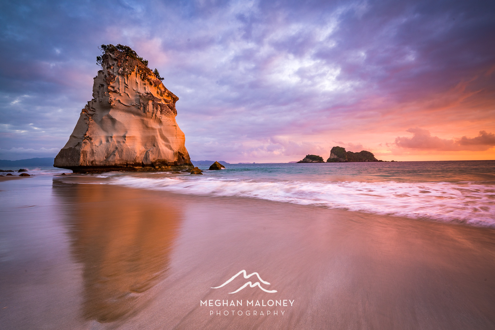 Lion Rock Sunrise Cathedral Cove