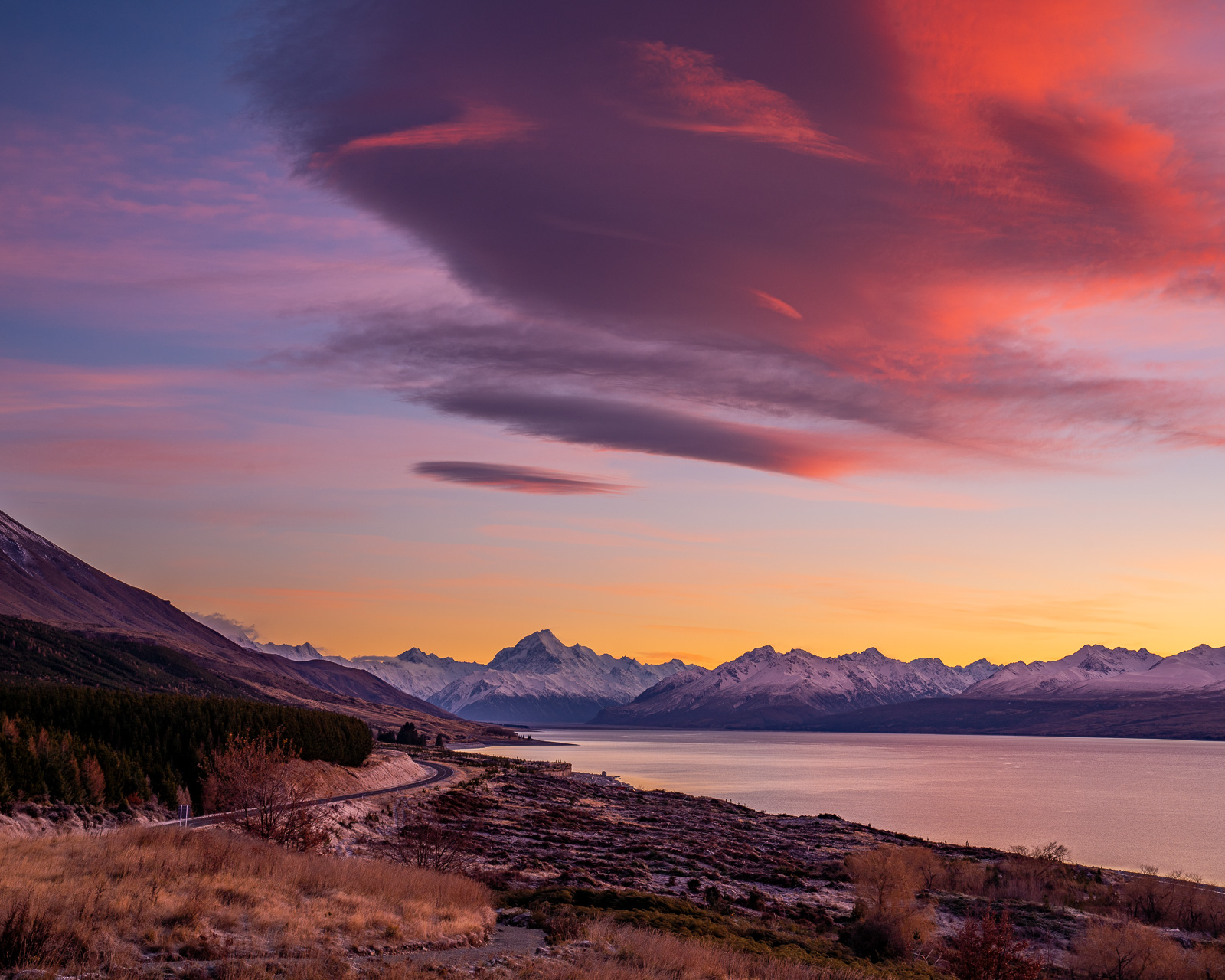 Mt Cook Peters Lookout Lenticular Sunrise