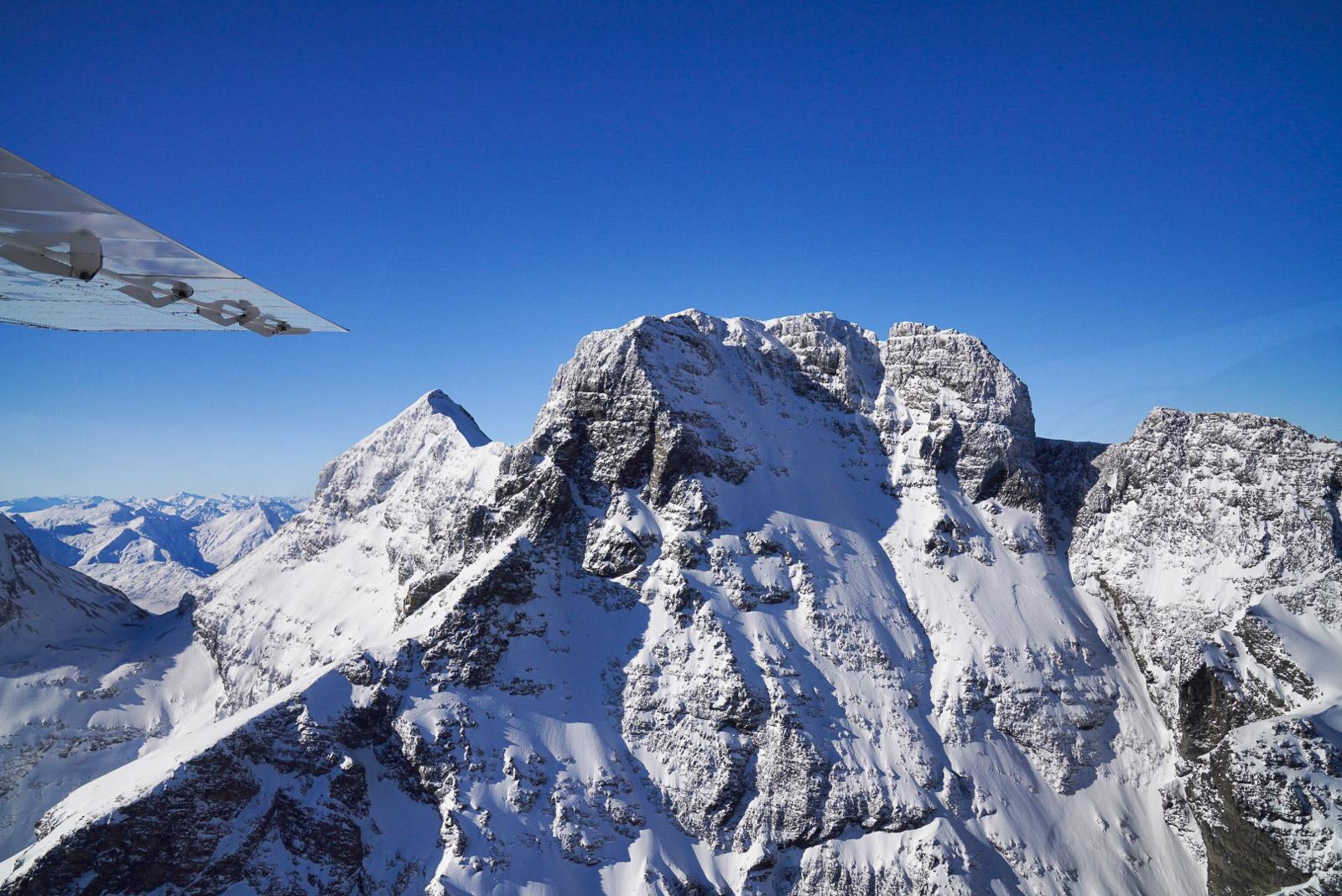 Glenorchy Air Milford Sound Flight at 24mm