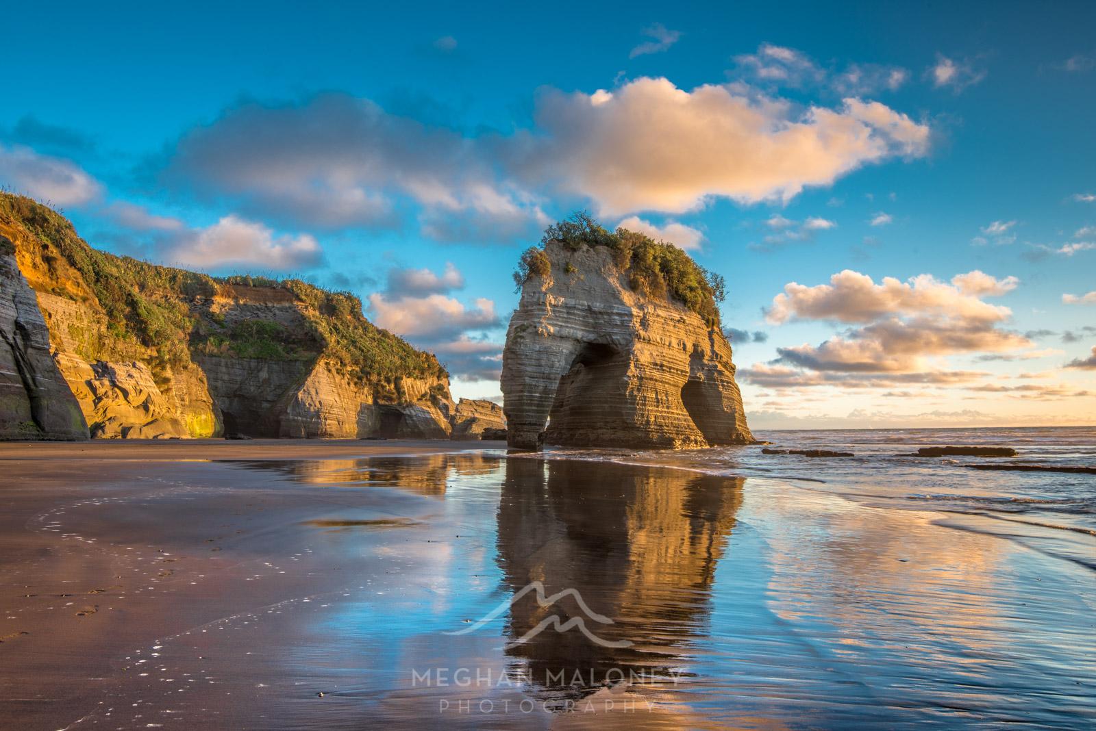 Elephant Rock Taranaki Tongaporutu
