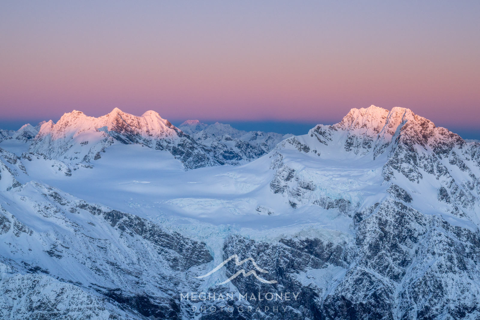 NZ Sunrise Scenic Mountain Flight