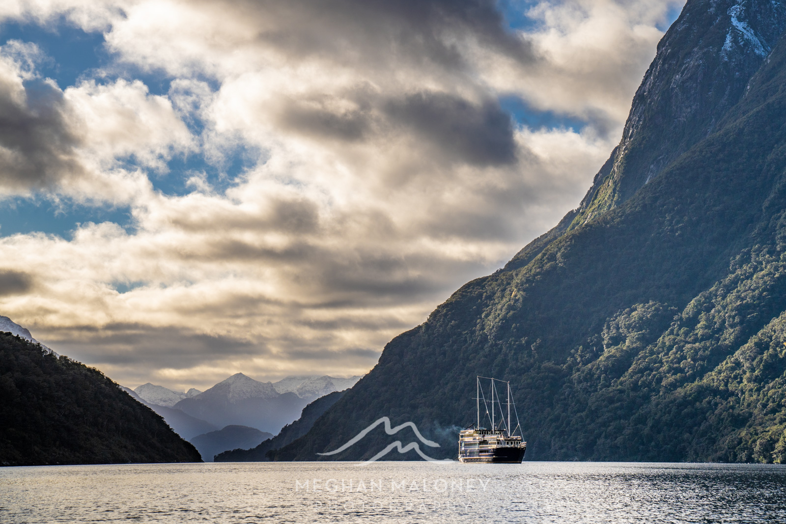 Real Journeys Boat First Arm Doubtful Sound