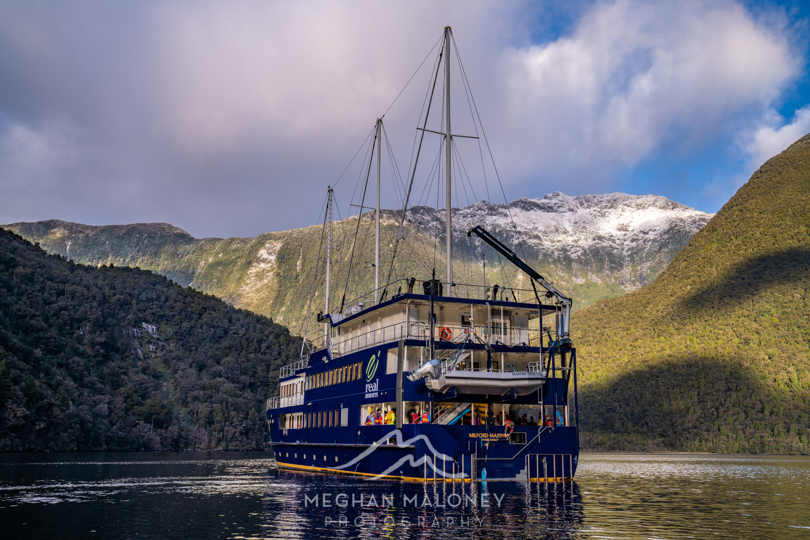 Milford Mariner Real Journeys Doubtful Sound