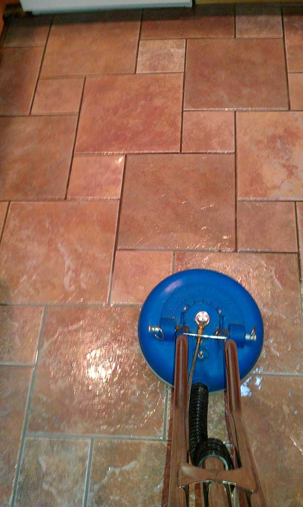 tile and grout cleaning project