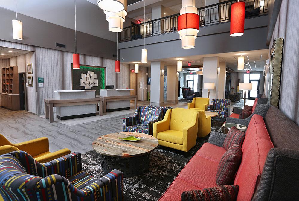 sioux falls holiday inn lobby