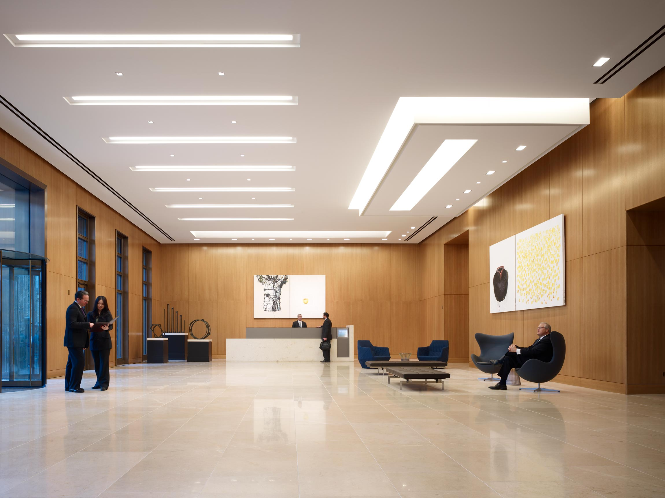 737 North Michigan Avenue Lobby