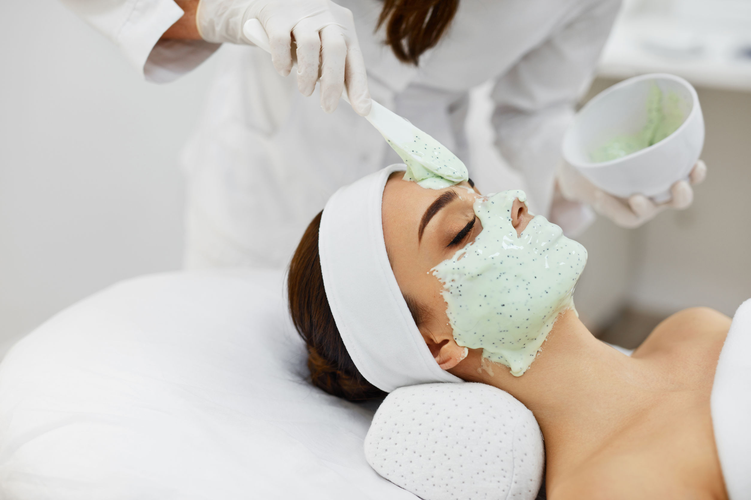 Roberto Rivera applying a treatment